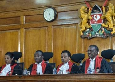 « La Cour suprême ou la reconquête de la démocratie Kenyanne », avec Benoit Hazard