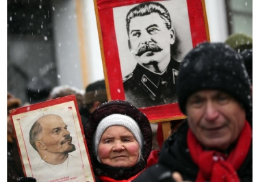 « En Russie, que reste-t-il de la révolution d'Octobre ? », avec Alain Blum