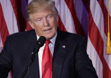« Trump, ne pas oublier les excès et les dérives de la campagne », par Dominique Schnapper