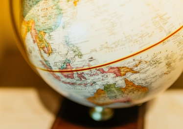"Photo d'un globe terrestre de type ""map monde"""